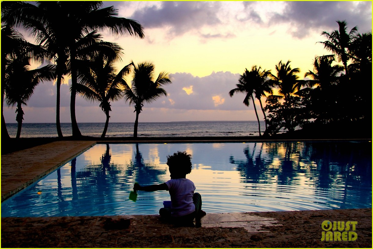 beyonce jay z blue ivy dominican republic vacation 233087941