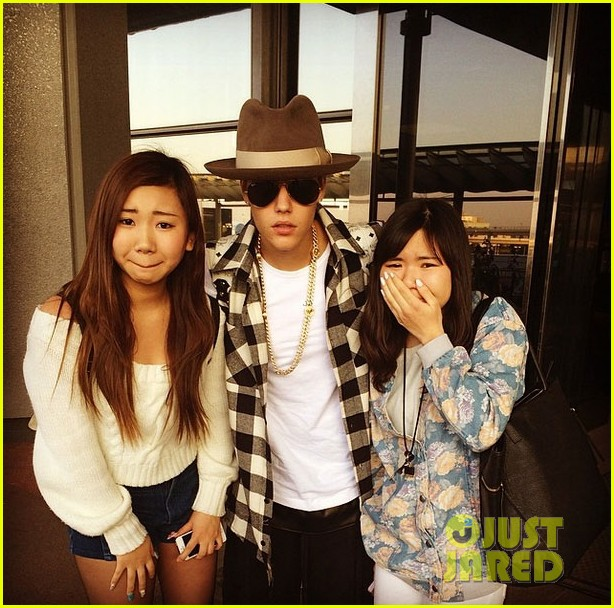 justin bieber detained at lax 013098432