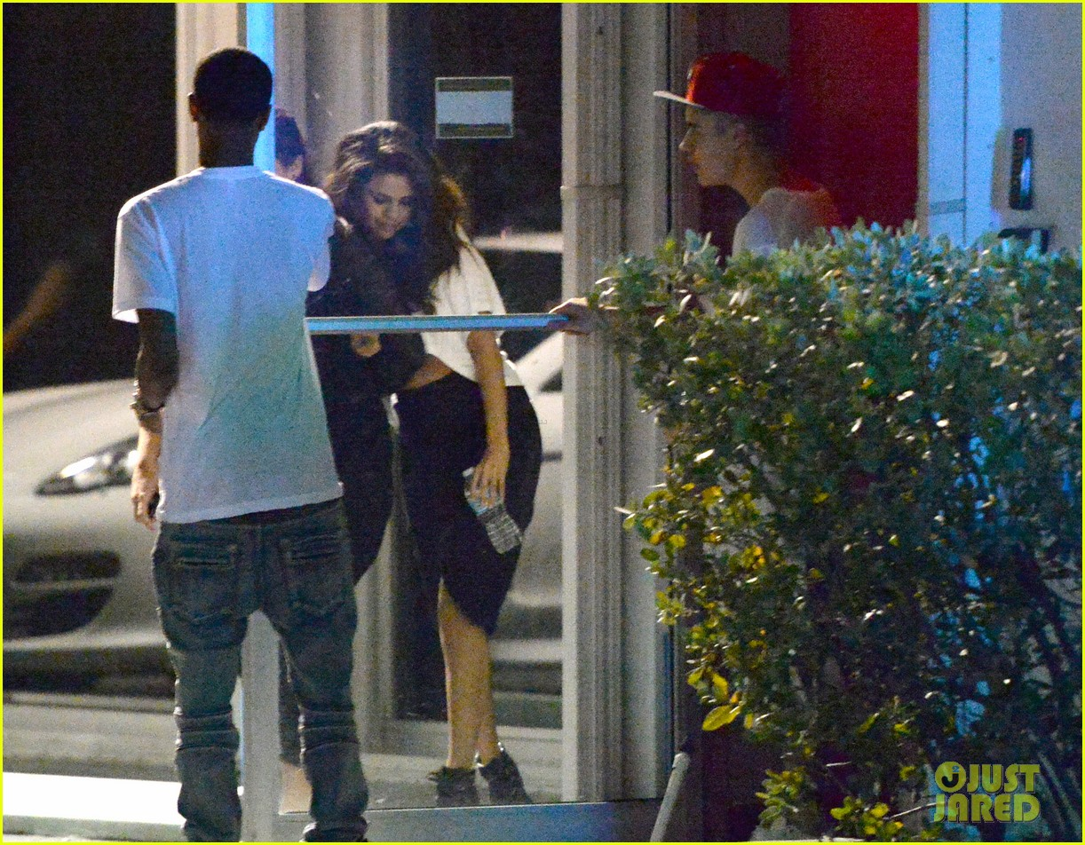 selena gomez joins justin bieber for a studio session 143087397