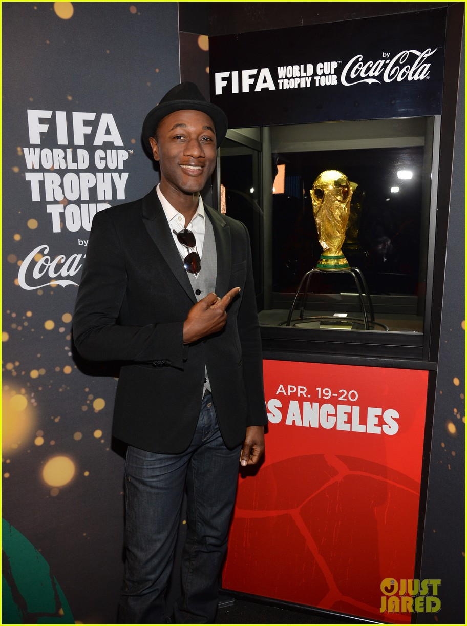 aloe blacc is the man for coca cola world cup campaign 013096445