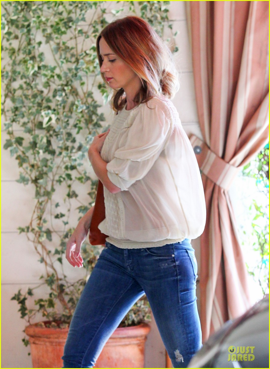 emily blunt denim shirt perfect mix 043093669