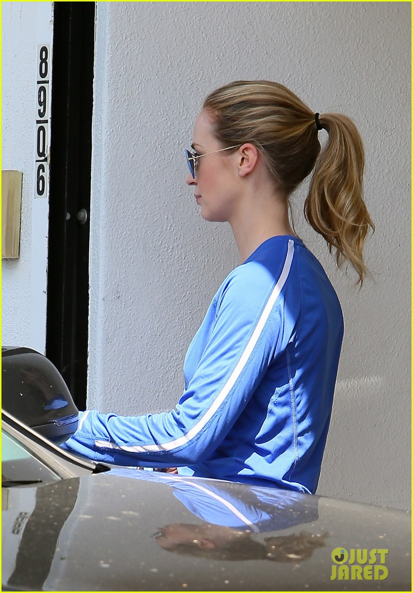emily blunt gains an exciting co star for upcoming thriller 053089065