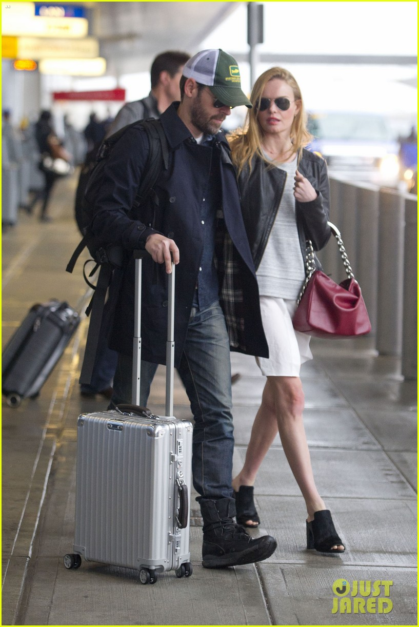 kate bosworth flies to nyc ahead of the met ball 093102669