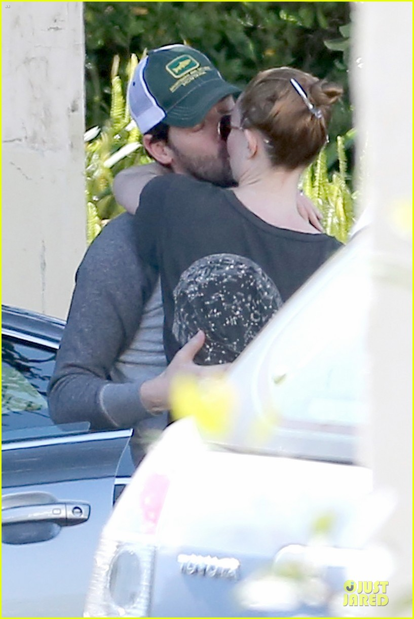 kate bosworth michael polish kissing in love 063086524