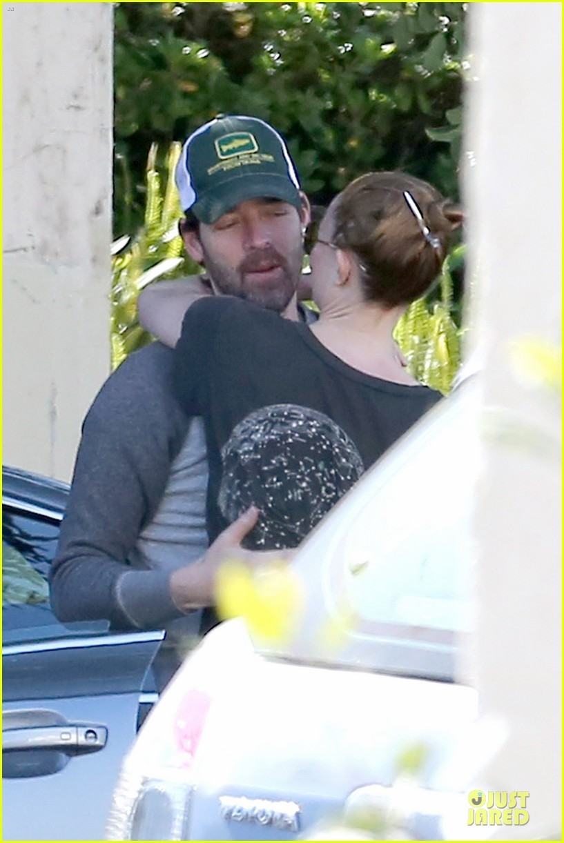 kate bosworth michael polish kissing in love 093086527