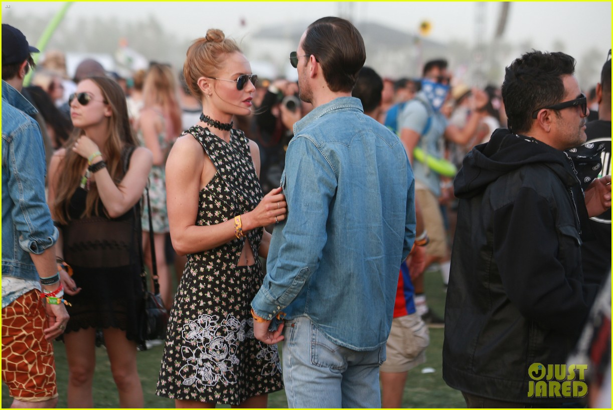 kate bosworth michael polish display pda at coachella 163090237