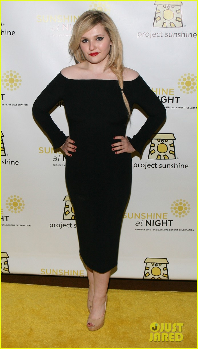 abigail breslin all grown up project sunshine benefit 10