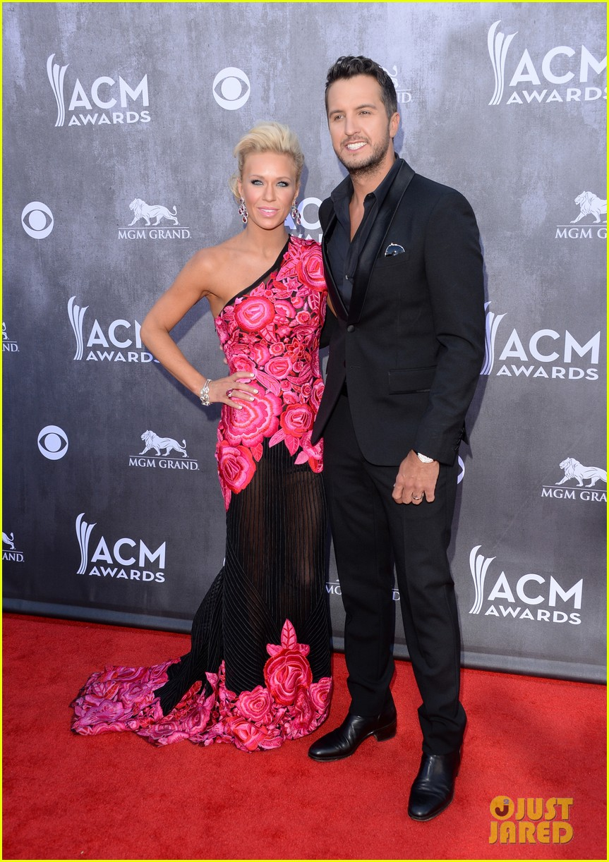 luke bryan acm awards 2014 red carpet 023085825