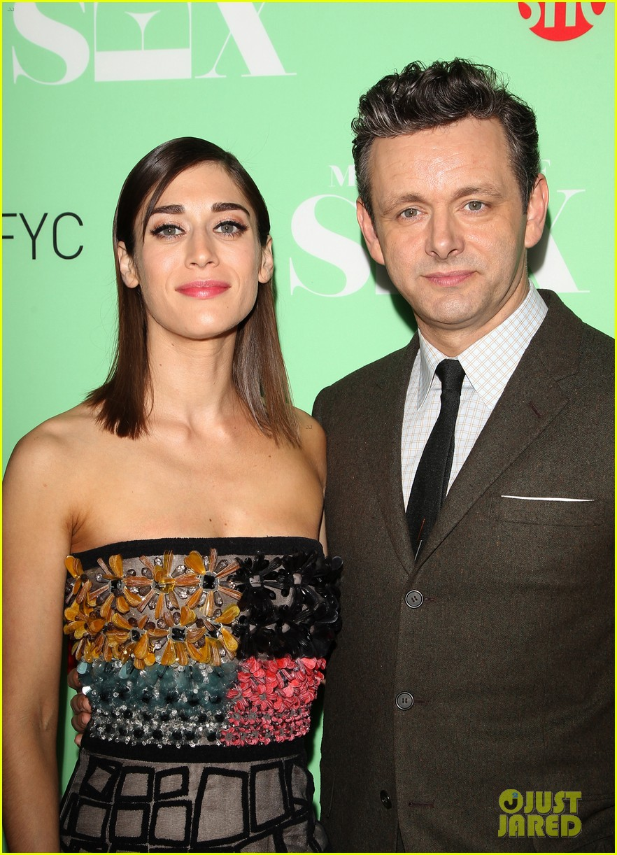 lizzy caplan michael sheen reunite with cast of masters of sex 103102246