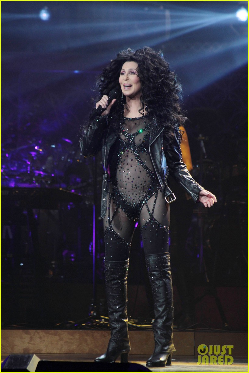 cher rocks heart shaped nipple pasties flaunts fabulous body 10