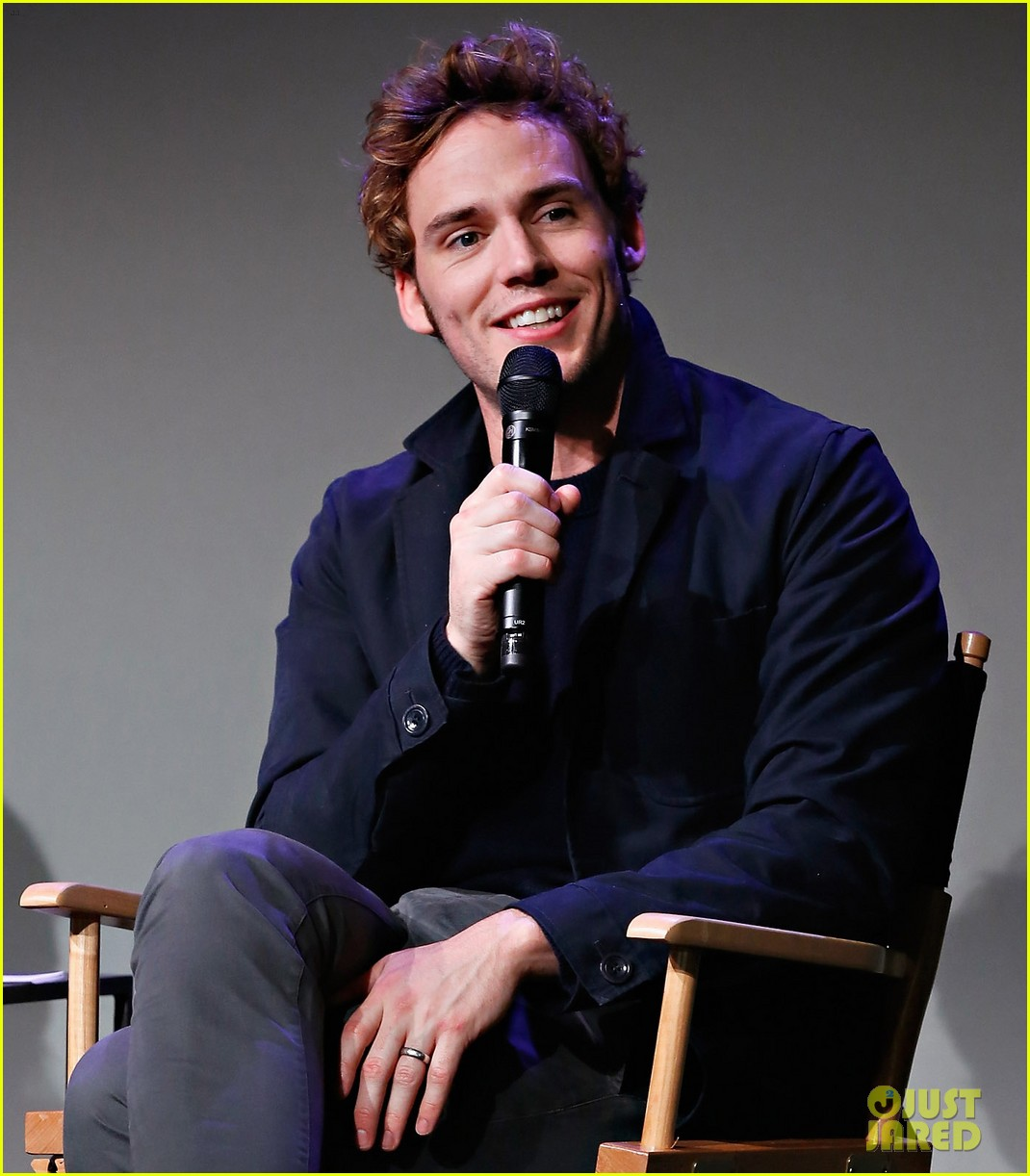 sam claflin promotes the quiet ones at his meet the actors session in nyc 053093276