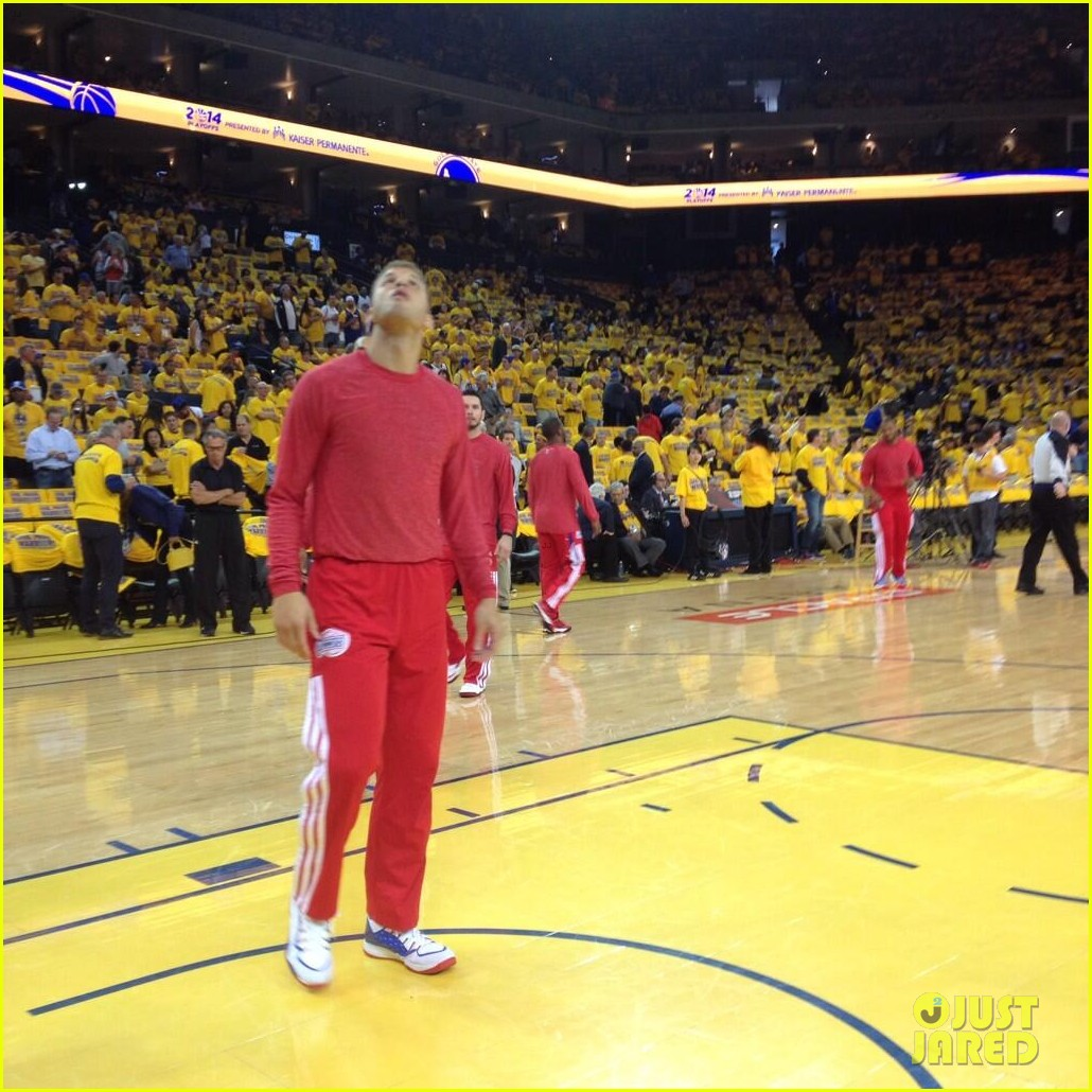 clippers uniforms inside out protest racist comments donald sterling 023100366