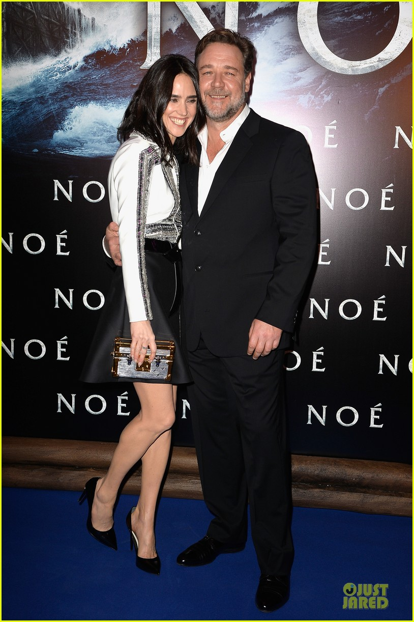 jennifer connelly stuns at noah paris premiere 033083014