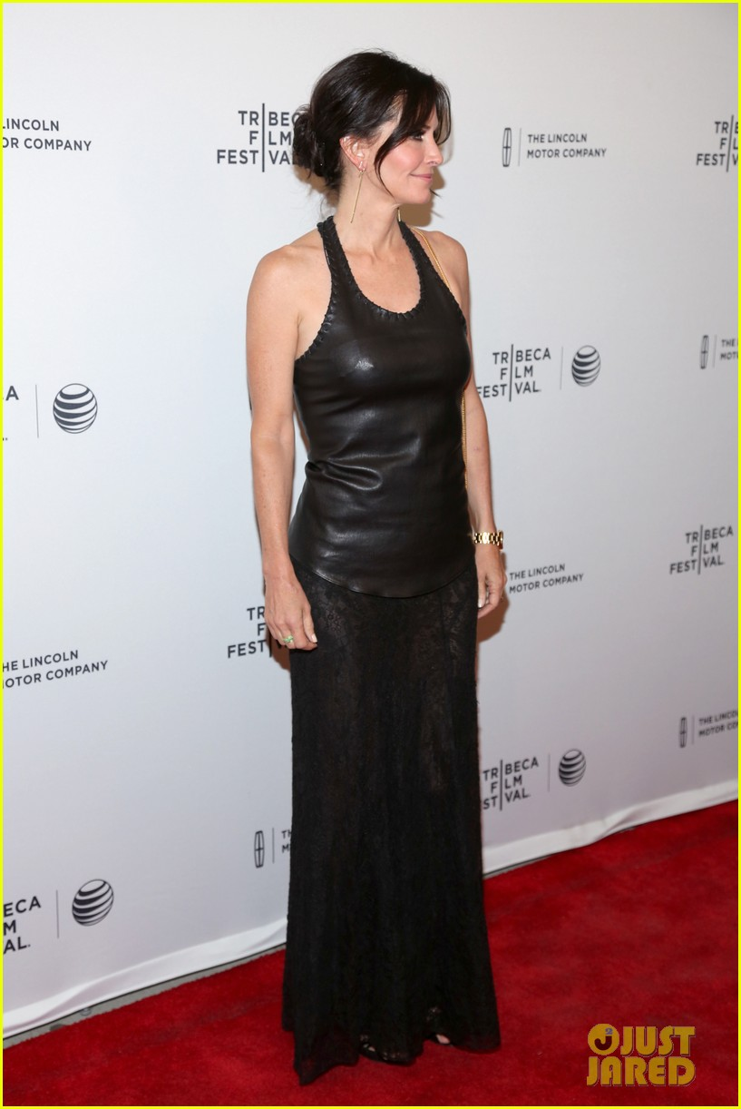 courteney cox celebrates just before i go directorial debut at tribeca 123099061