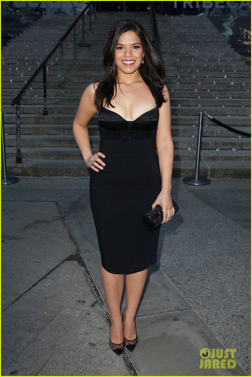 courteney cox kate walsh party with vanity fair at tribeca 123097888