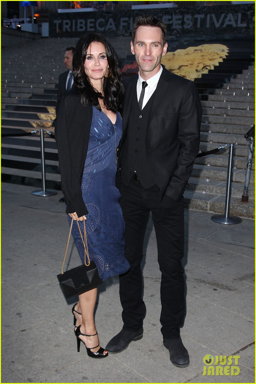 courteney cox kate walsh party with vanity fair at tribeca 173097893
