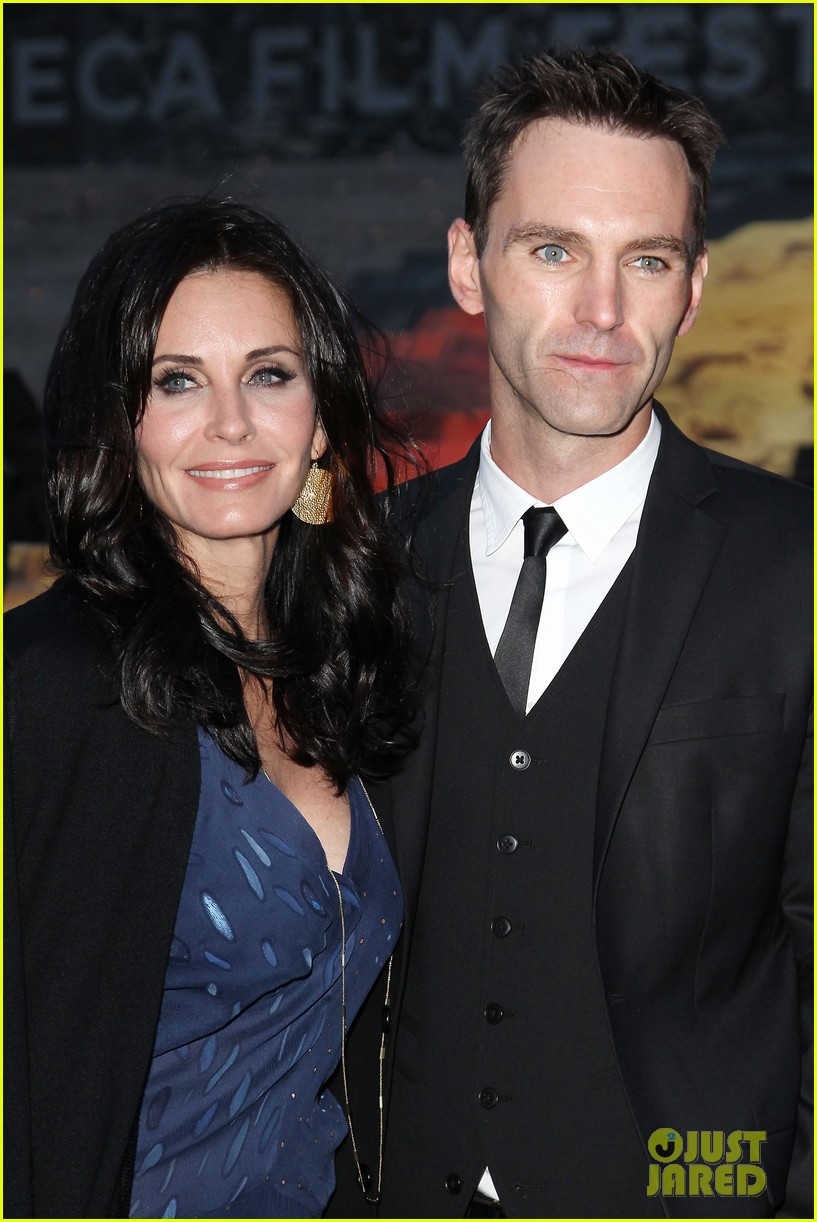 courteney cox kate walsh party with vanity fair at tribeca 233097899
