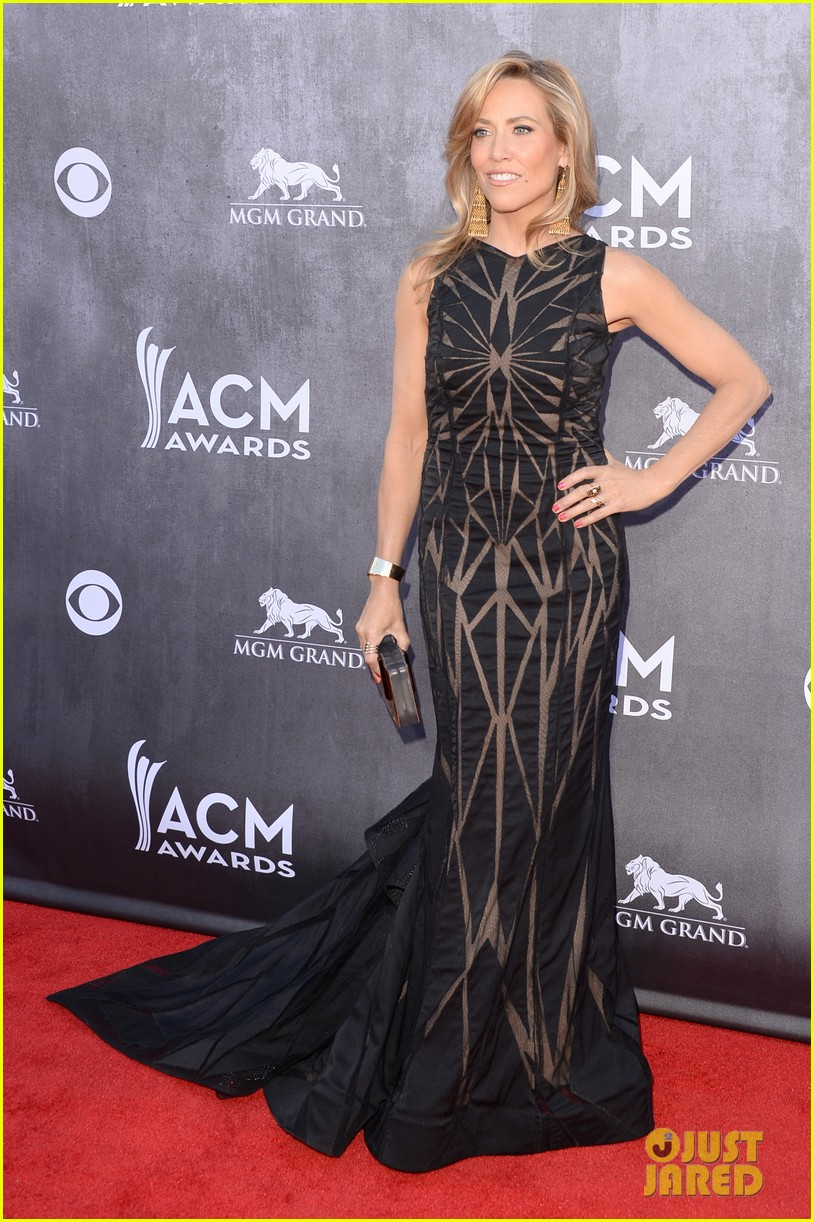 sheryl crow acm awards 2014 red carpet 10