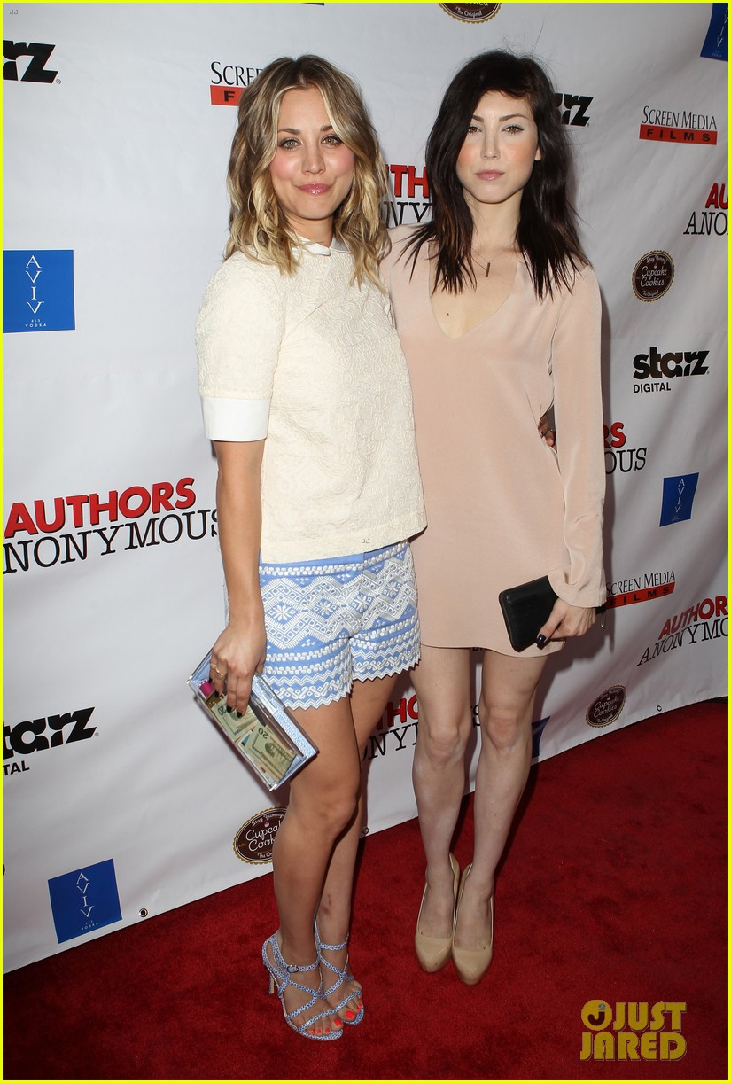 kaley cuoco hits the premiere of authors anonymous with sister briana 19