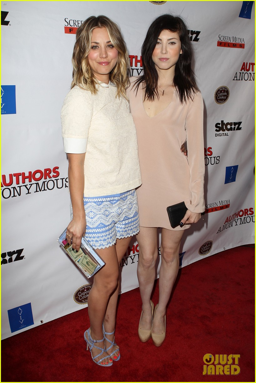 kaley cuoco hits the premiere of authors anonymous with sister briana 203088274
