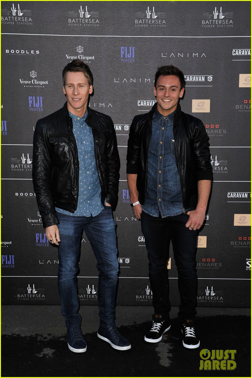 tom daley dustin lance black attend first event as a couple 013102551