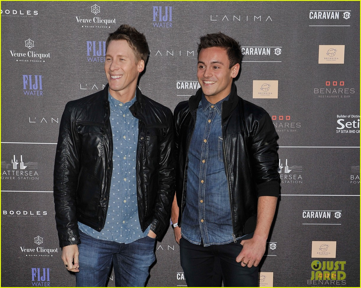 tom daley dustin lance black attend first event as a couple 043102554