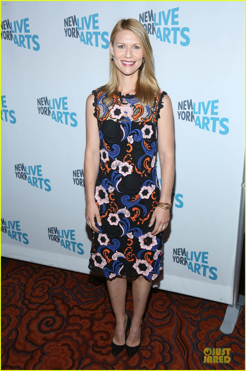 claire danes hugh dancy picture perfect at ny live gala 093097067