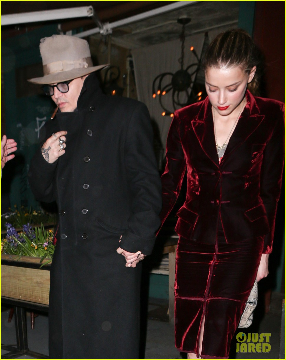 johnny depp takes fiancee amber heard out for brithday dinner 013096613