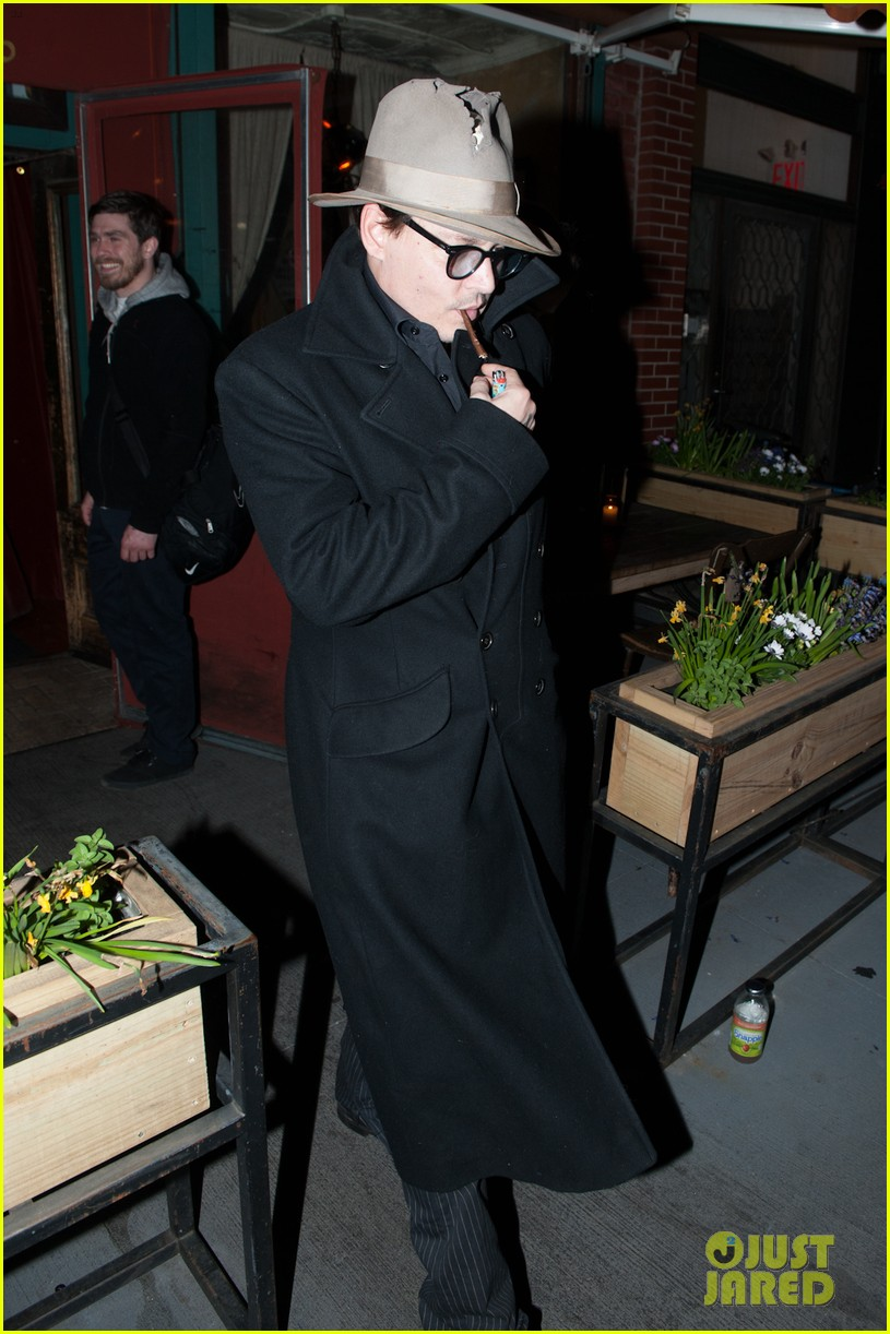 johnny depp takes fiancee amber heard out for brithday dinner 023096614