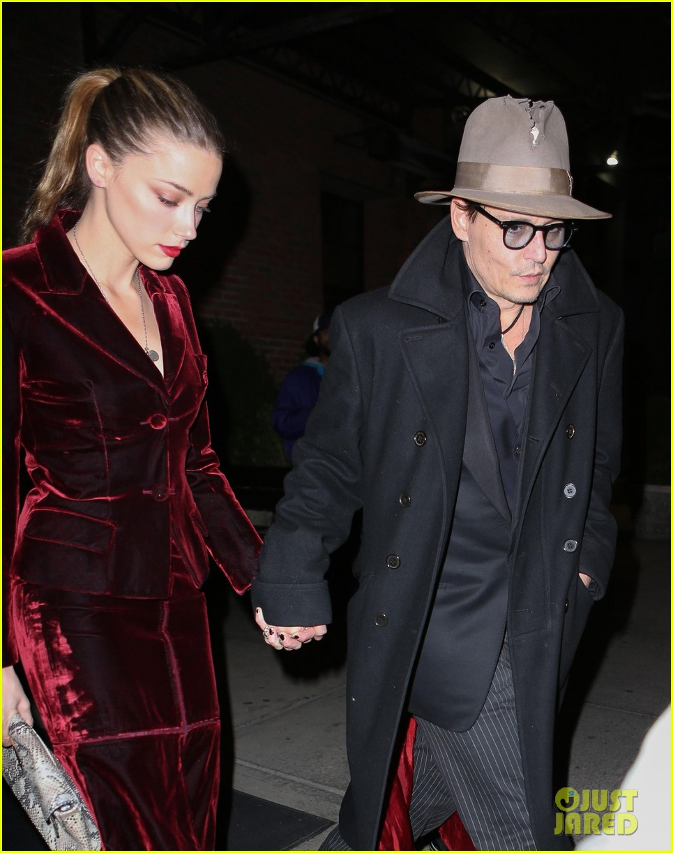 johnny depp takes fiancee amber heard out for brithday dinner 053096617
