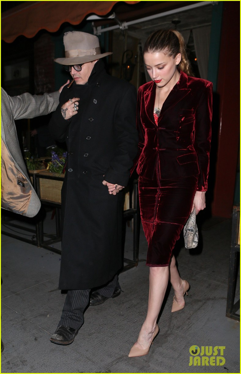 johnny depp takes fiancee amber heard out for brithday dinner 09