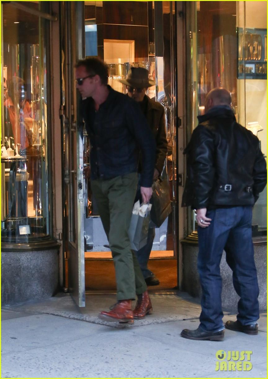 johnny depp mortdecai february 2015 release 033097959