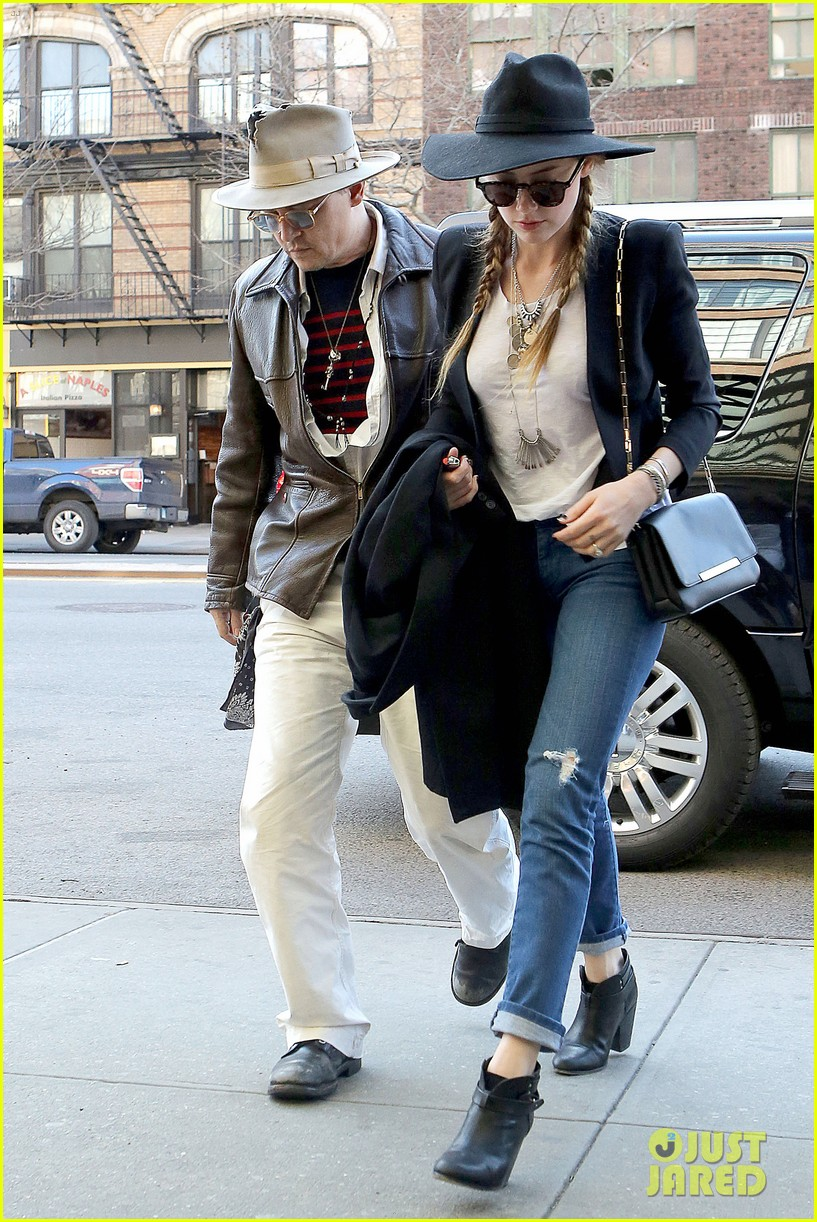 johnny depp amber heard step out together new york 013096347