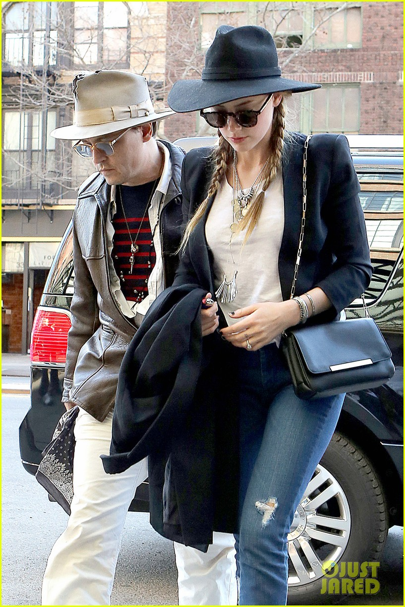 johnny depp amber heard step out together new york 063096352