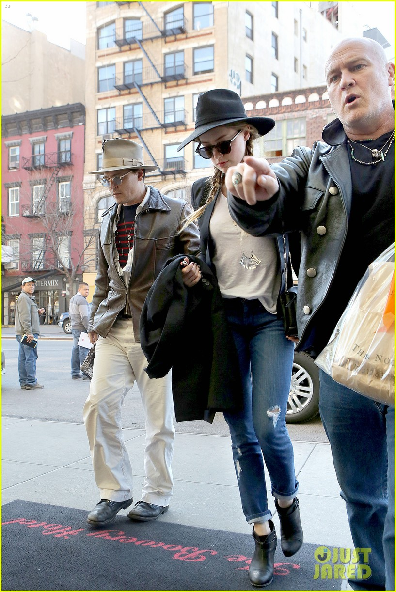 johnny depp amber heard step out together new york 133096359