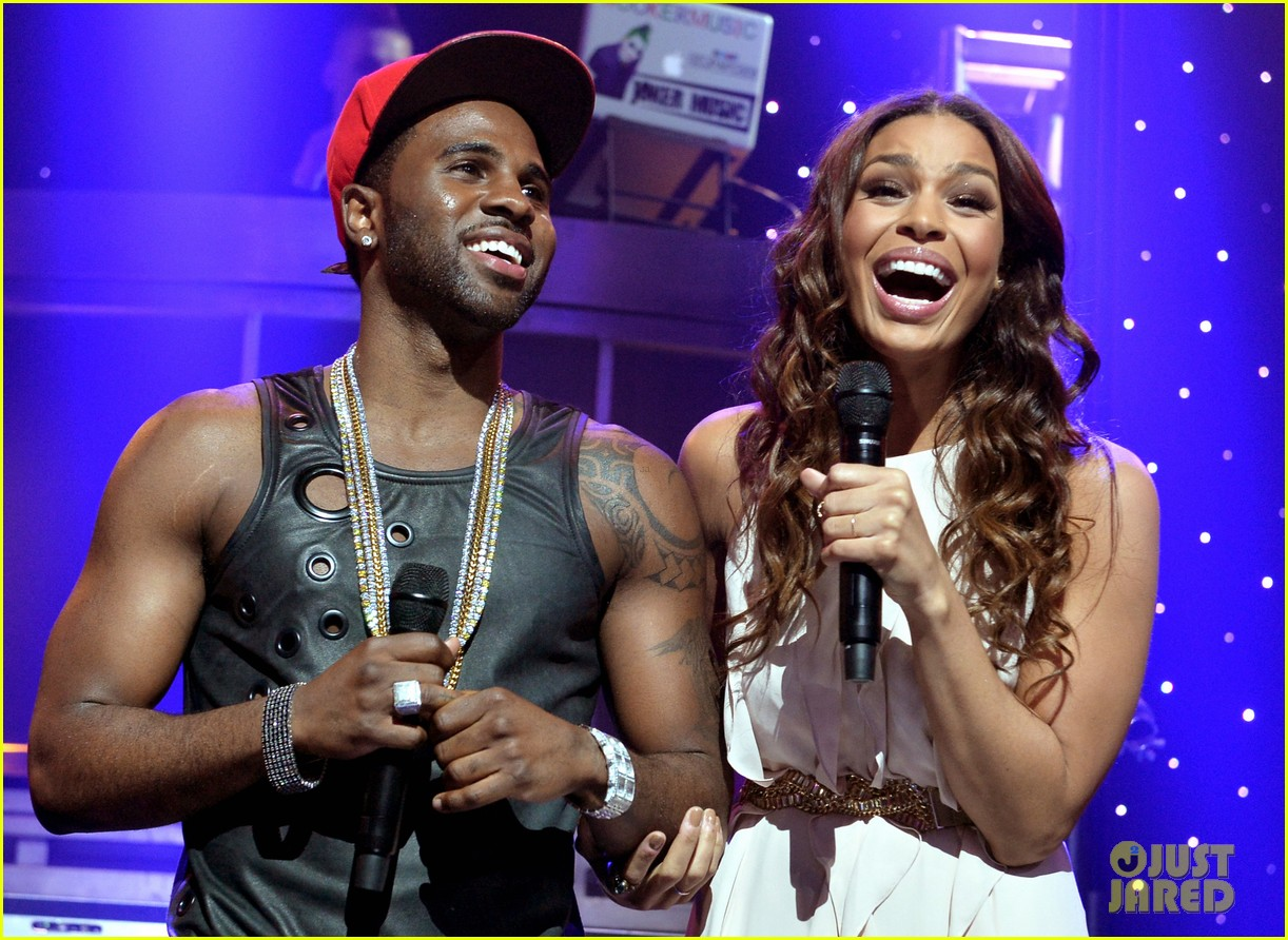 jason derulo rips off his shirt after passionate duet vertigo with jordin sparks 073093242