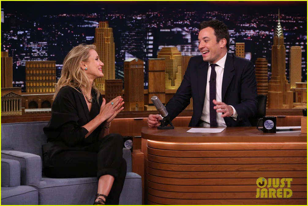 cameron diaz roller golf jimmy fallon 073097789