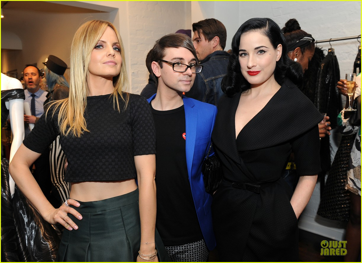 dita von teese glamour at christian siriano preview 023099579