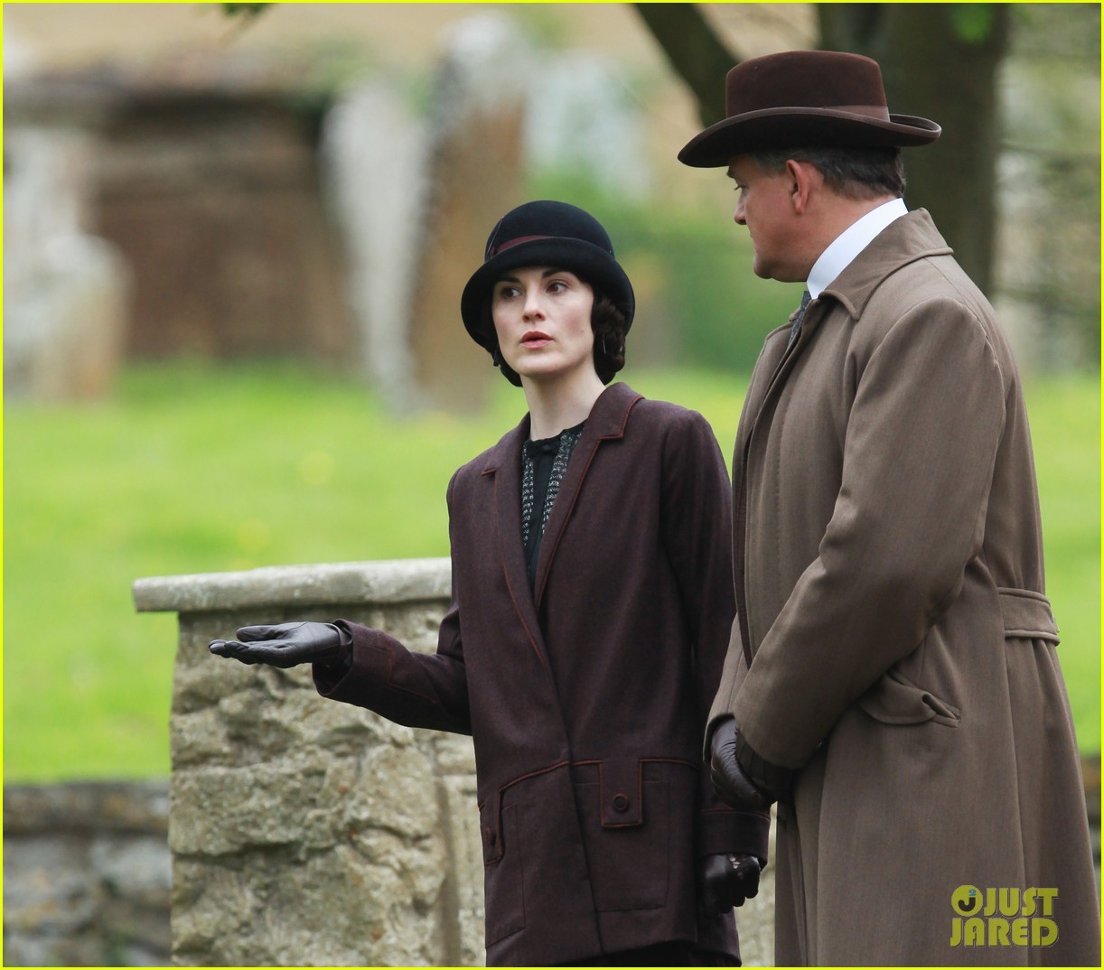 these downton abbey season five set pics are getting us really excited 113098155