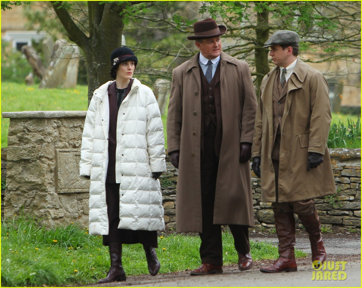 these downton abbey season five set pics are getting us really excited 213098165