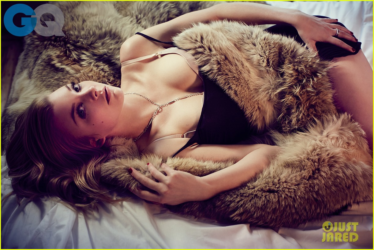 game of thrones natalie dormer poses topless for gq 05