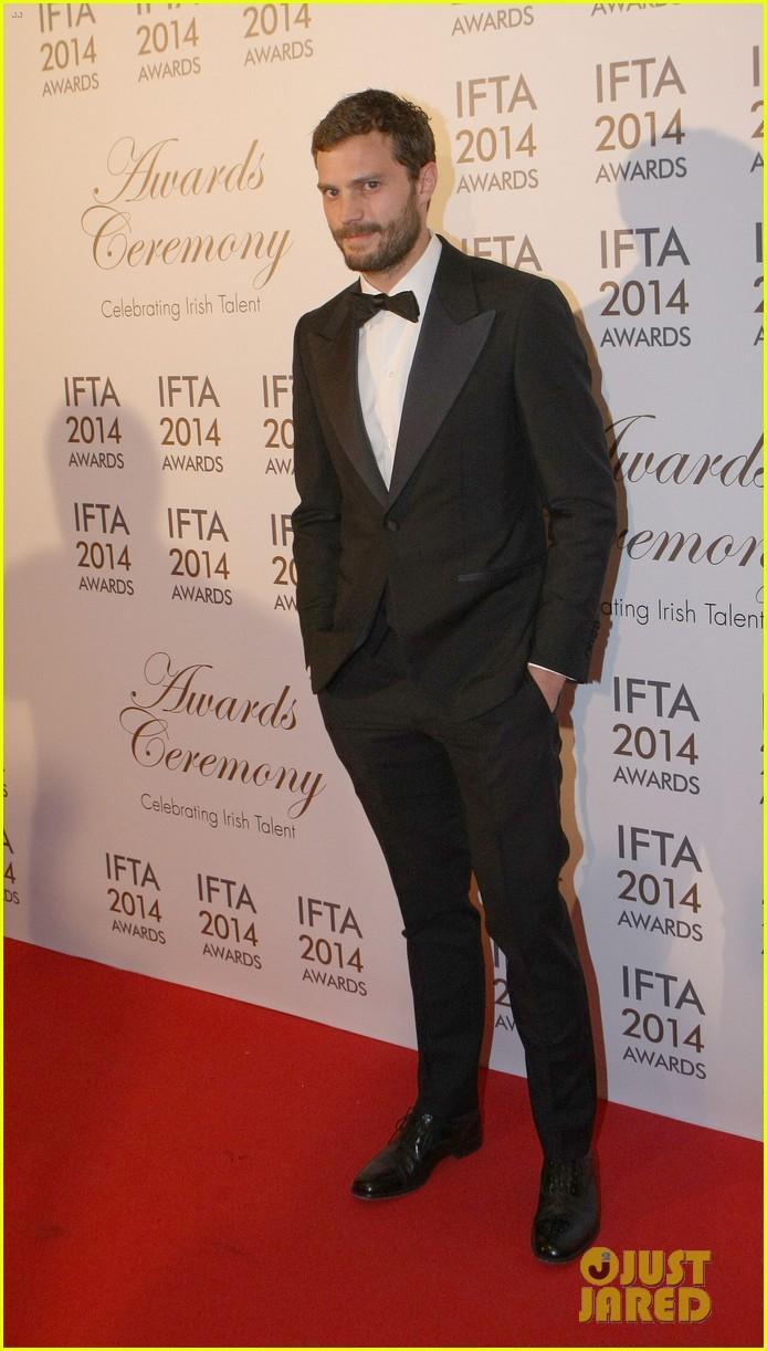 jamie dornan wins two awards at ifta awards 033085361