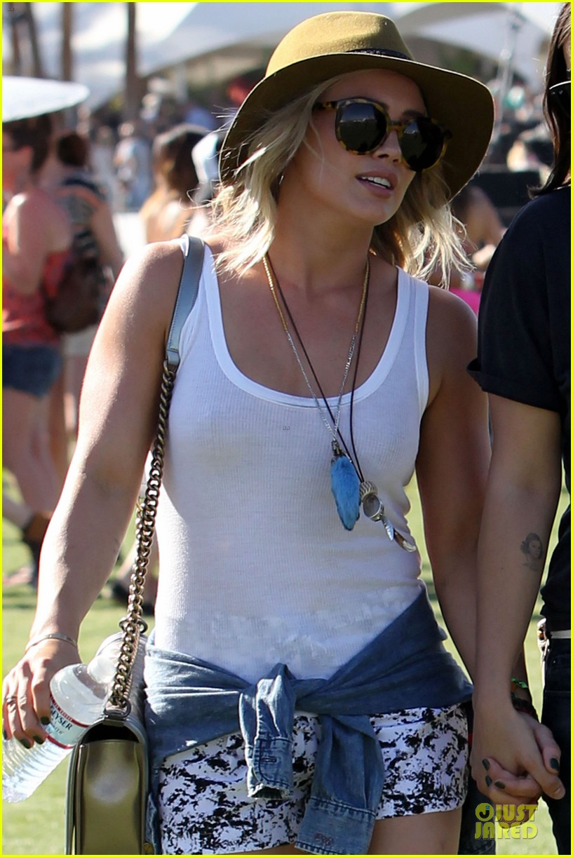 hilary duff mike comrie friendly affair at coachella 083089514