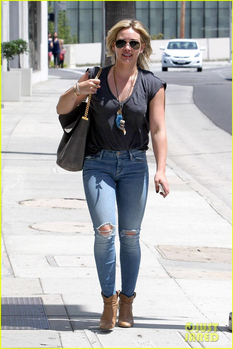 hilary duff treats herself to a vegan dinner at crossroads 143097486