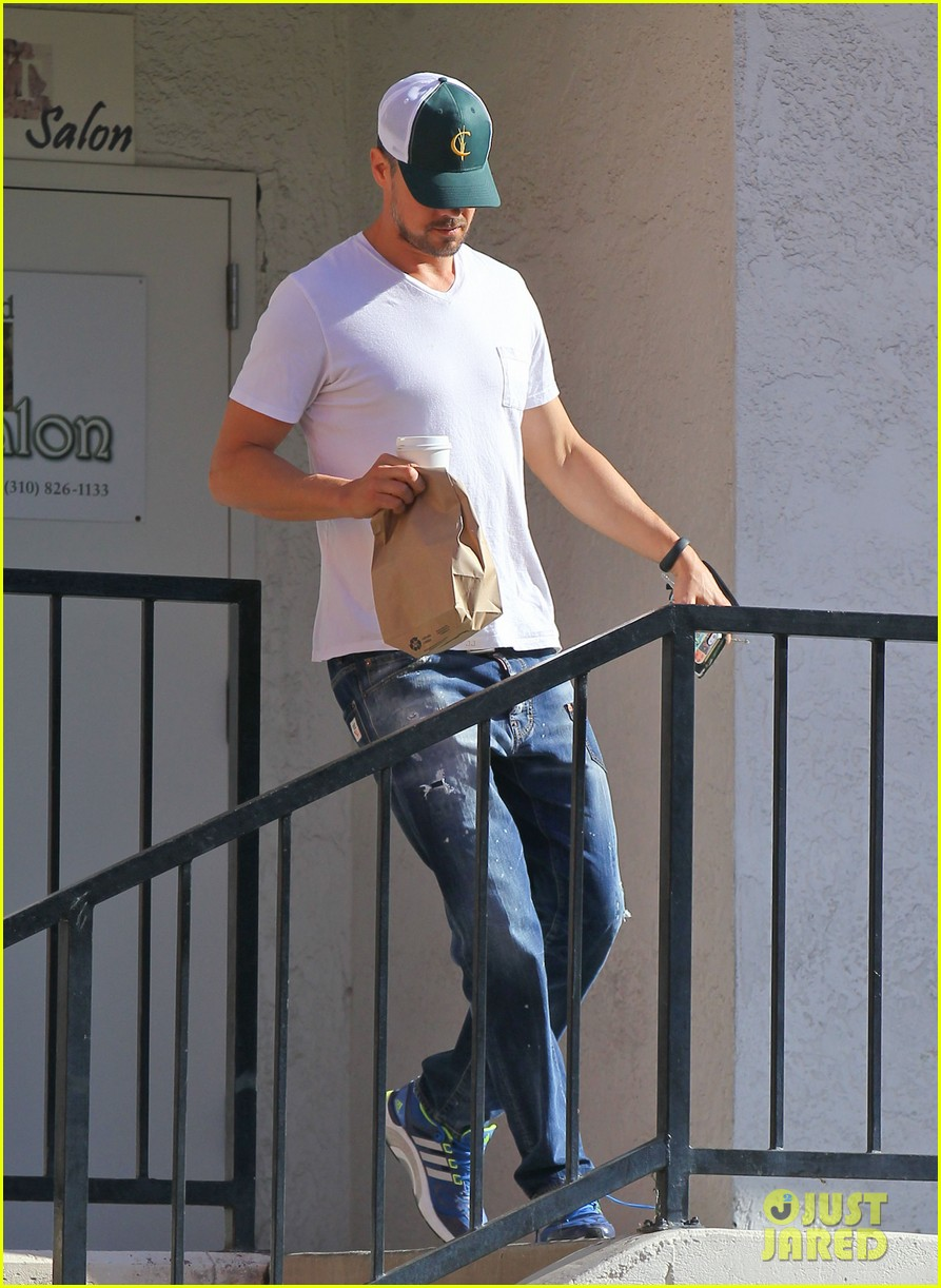 josh duhamel gets mistaken for timothy olyphant johnny knoxville 053100469