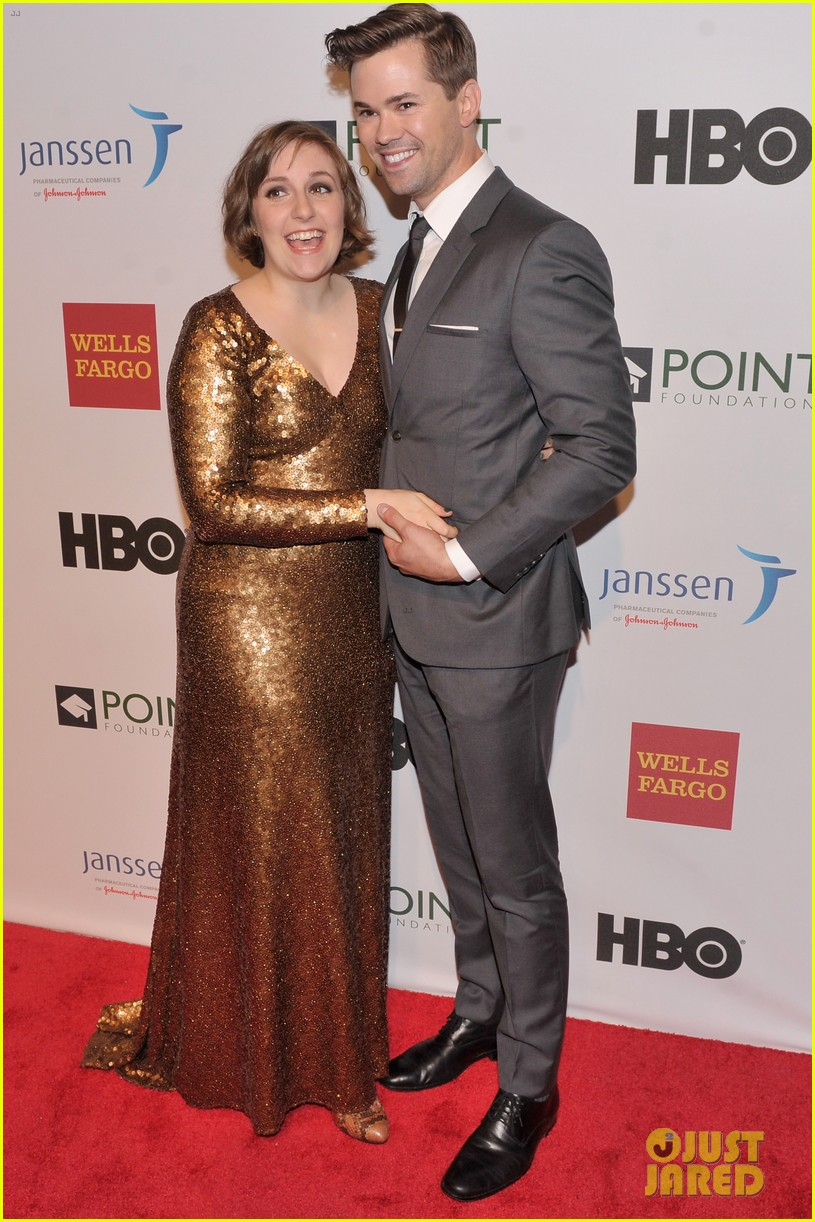 lena dunham andrew rannells share kiss at point honors new york gala 103086795