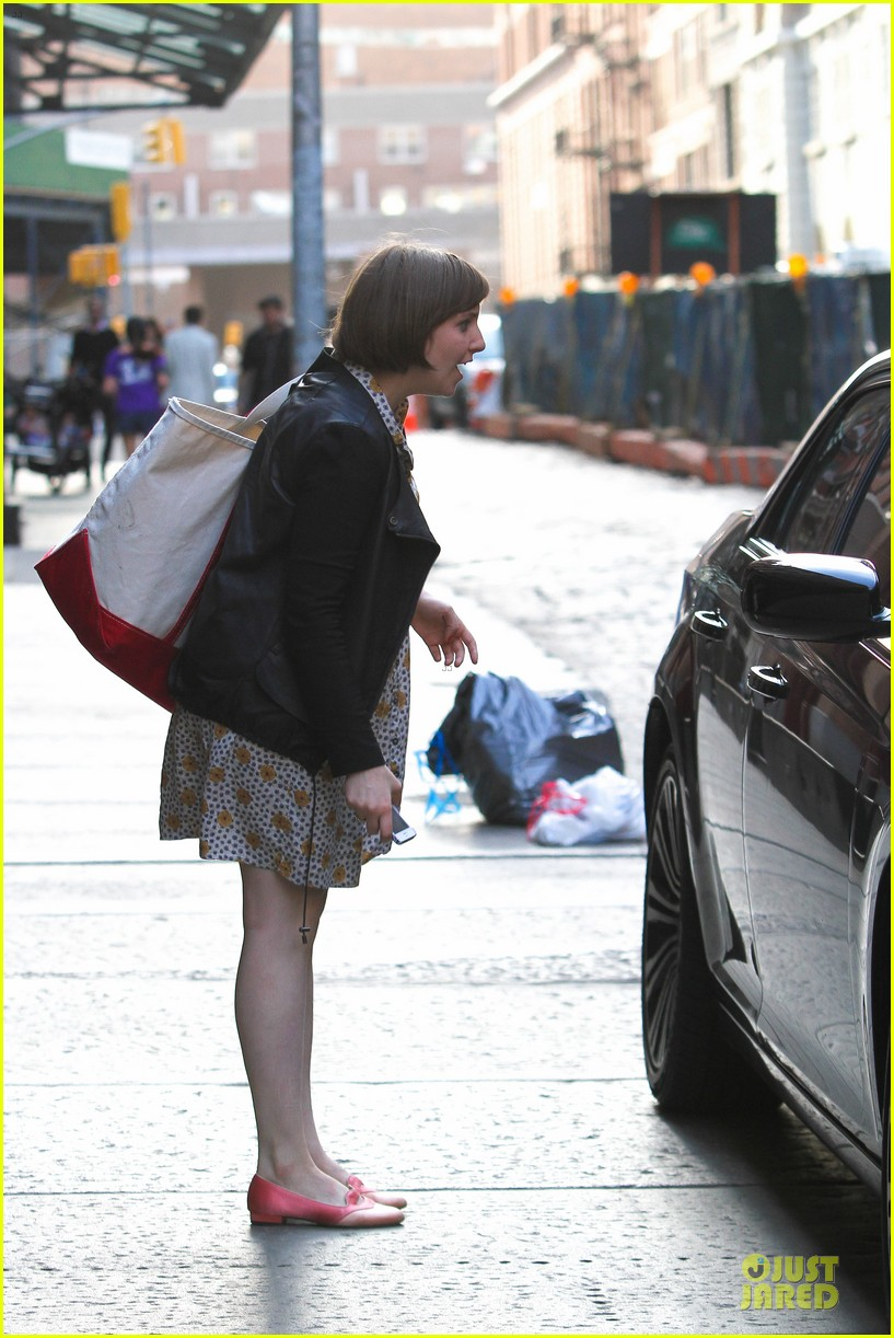 lena dunham meets up with taylor swift 033092444