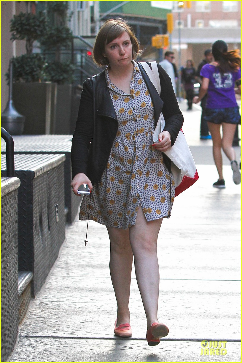 lena dunham meets up with taylor swift 053092446