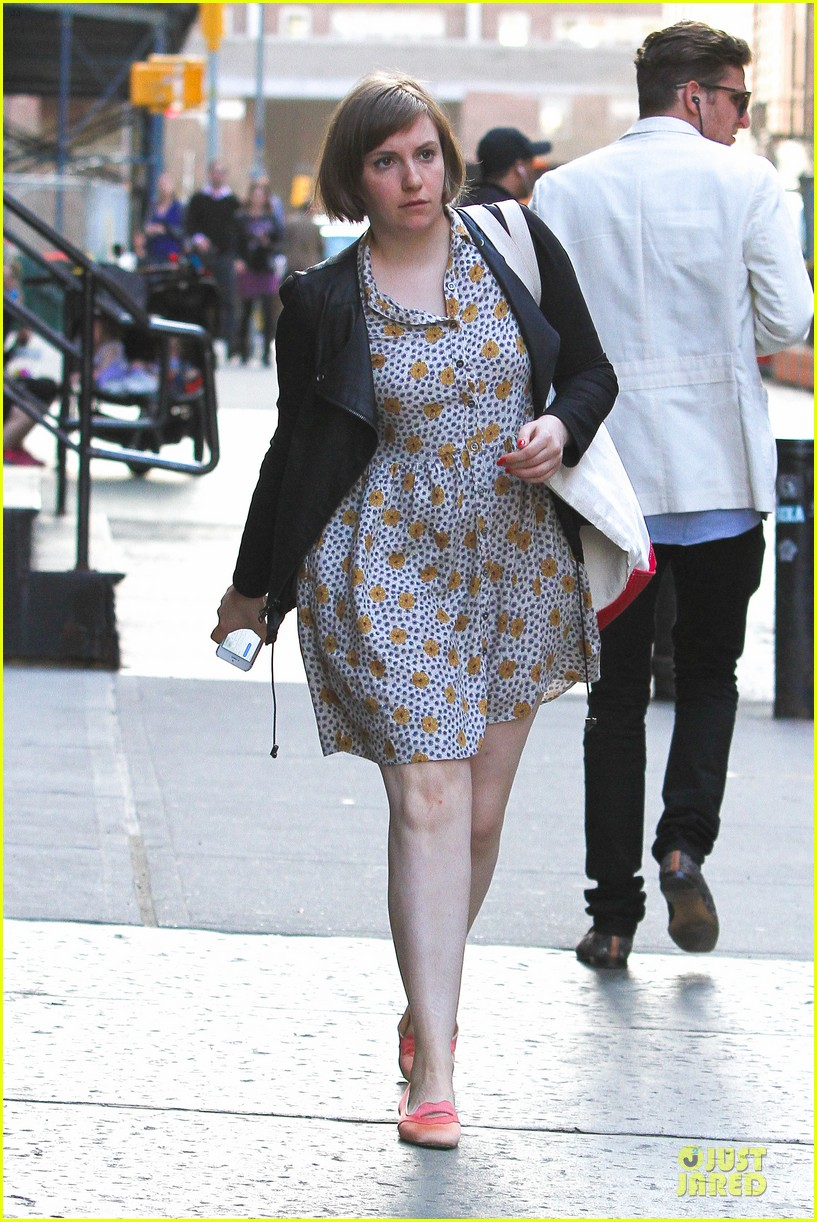 lena dunham meets up with taylor swift 153092456