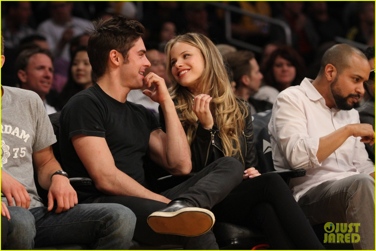 zac efron halston sage lakers game 083084974